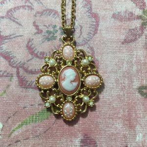 Vintage Avon Cameo Long Necklace